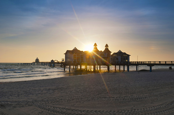 Sunrise at the Selling pier